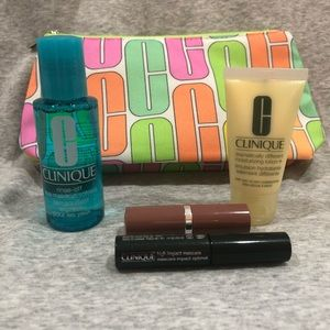 NWT Clinique Spring Pouch and Minis